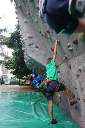 kids fun climbing 4