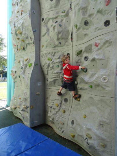 kids fun climbing 1