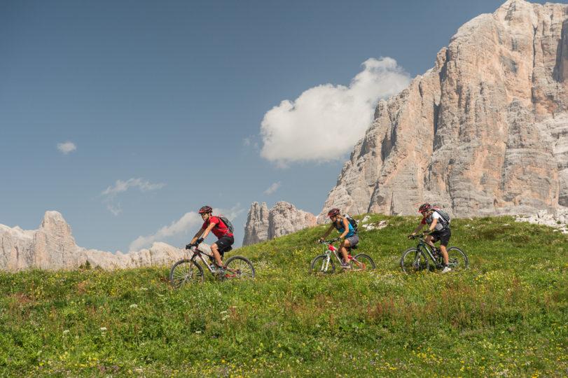 Giro sdel Sassolungo