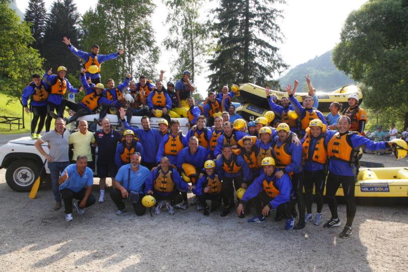 Il-Napoli-Calcio-ha-fatto-rafting-in-Val-di-Sole-sotto-la-guida-di-Rafa-Benitez