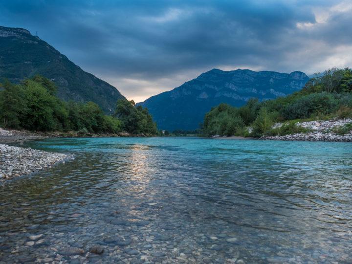 il fiume Adige presso Ala, Vallagarina, Trentino