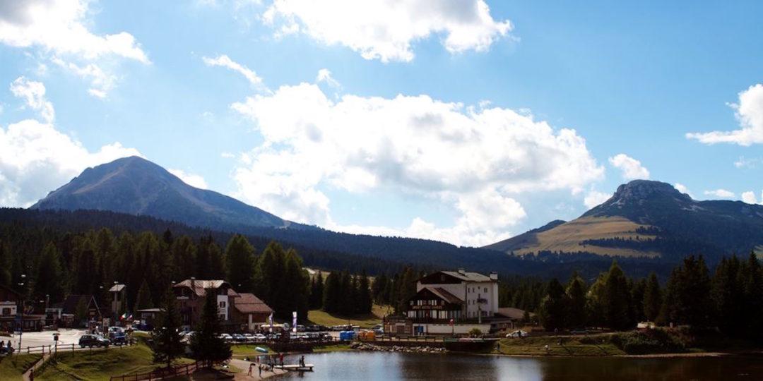 lago corno bianco e nero
